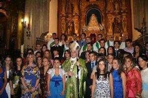 Instantánea tras una eucaristía con el cardenal Monseñor Amigo Vallejo