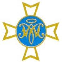 Escudo de la Hermandad en tonos dorados