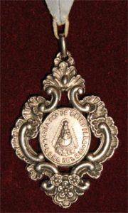 Anverso de la medalla de Hermano